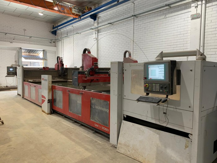 TCI SM M-2060 waterjet cutting machine